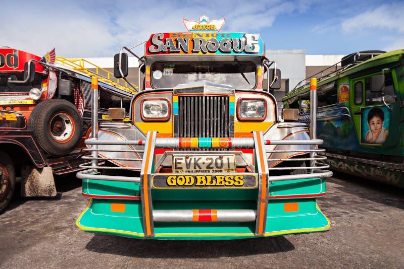 Jeepney lizenzfreie stockbilder