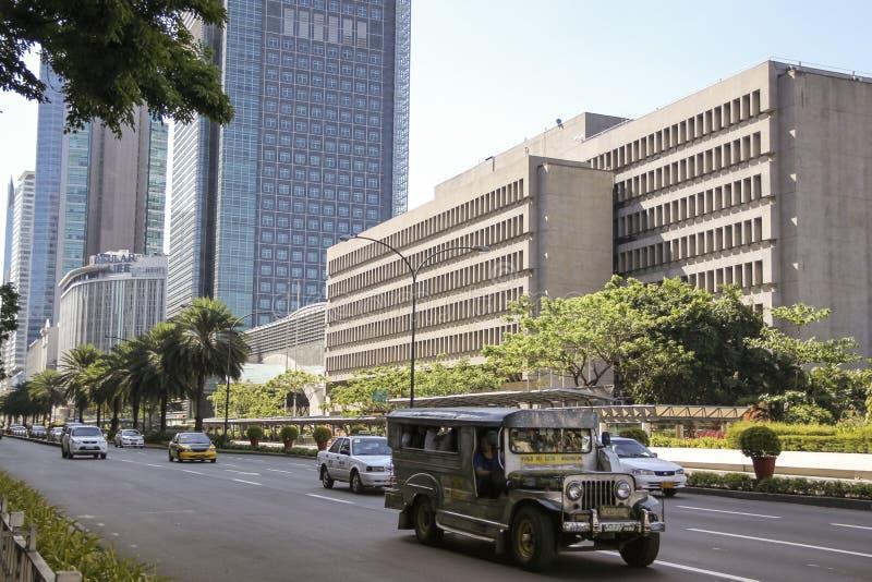 Jeepney Ayala alei metro Manila Philippines zdjęcia royalty free