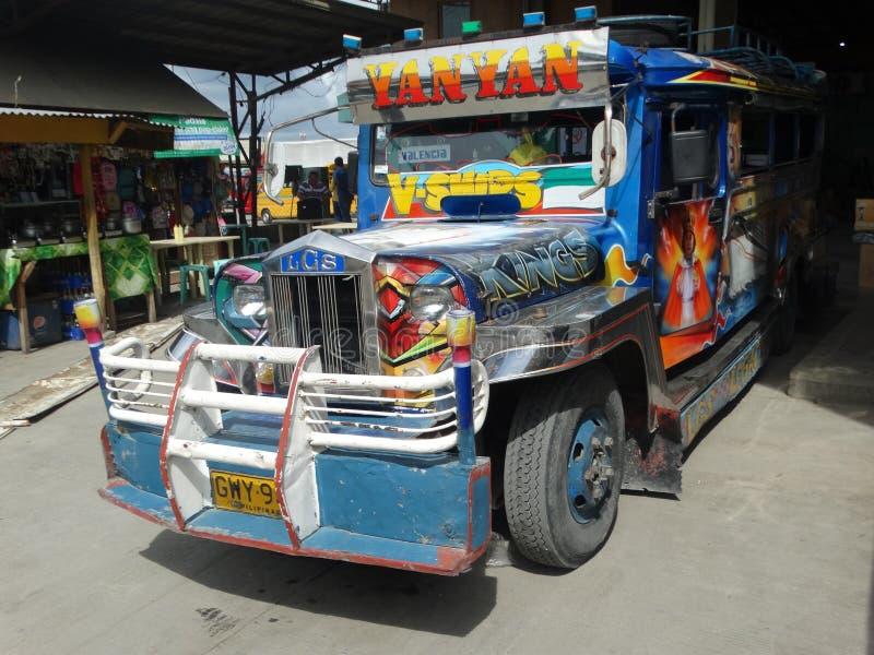 Jeepney filipino, cidade de Cebu imagem de stock