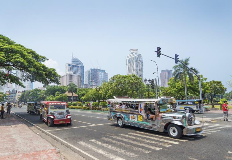 Jeepneys en el parque rizal Manila Filipinas fotos de archivo libres de regalías