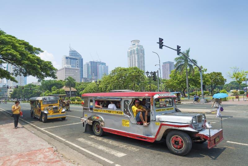Jeepneys in rizal park Manilla Filippijnen stock fotografie
