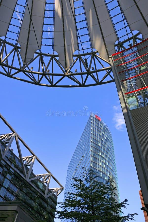 Jefaturas de Sony Center y de Deutsche Bahn, Berlín, Alemania imagen de archivo