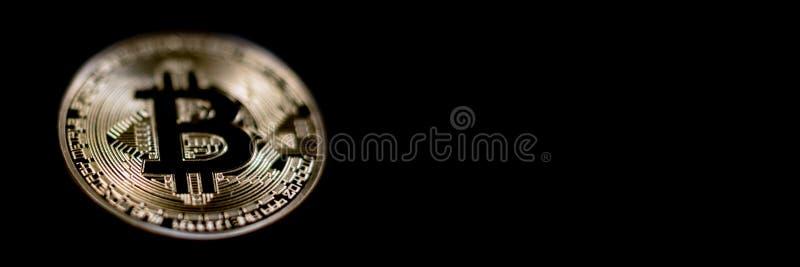 Jefe de la bandera de Bitcoin Moneda de oro Cryptocurrency con el espacio para foto de archivo libre de regalías