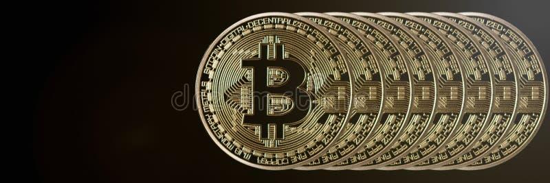 Jefe de la bandera de Bitcoin Moneda de oro Cryptocurrency con el espacio para fotografía de archivo libre de regalías