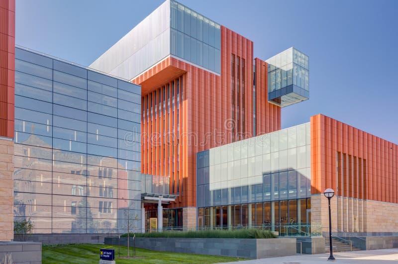 Jeff T und Kresge Hall bei University of Michigan stockbilder