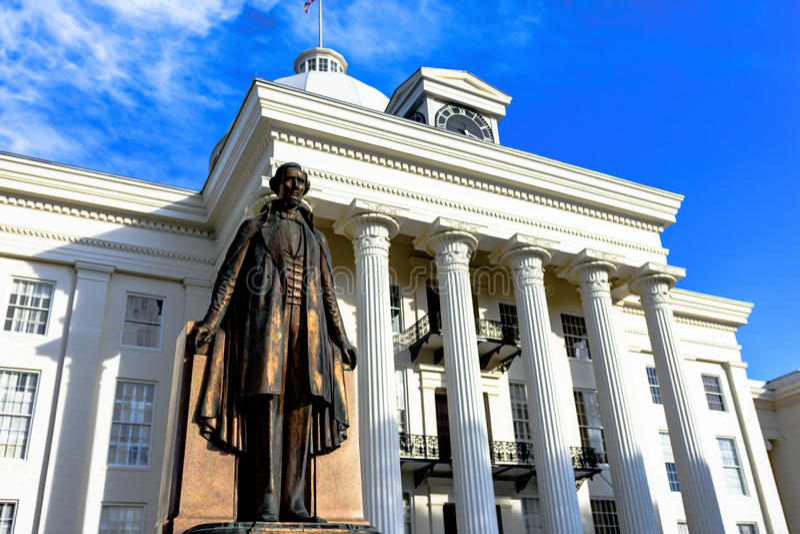 Jefferson Davis statua przed Alabama Capitol zdjęcie stock
