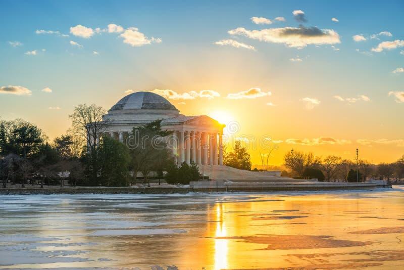 Jefferson Memorial bei Wintersonnenuntergang lizenzfreies stockbild