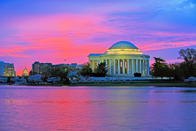 Jefferson Memorial no nascer do sol fotos de stock royalty free