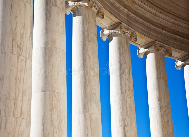 Jefferson minnes- kolonner i Washington DC arkivfoto
