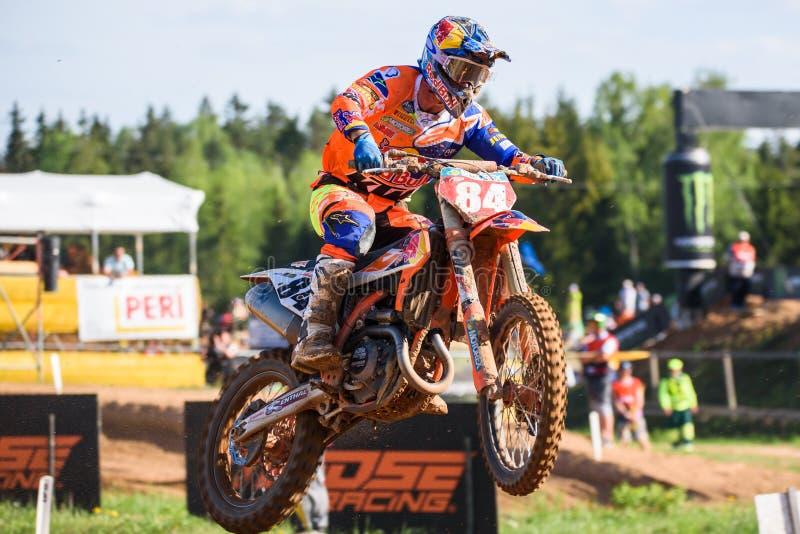 Jeffrey Herlings, en la acción, durante FIM MXGP Grand Prix de Letonia imagen de archivo libre de regalías