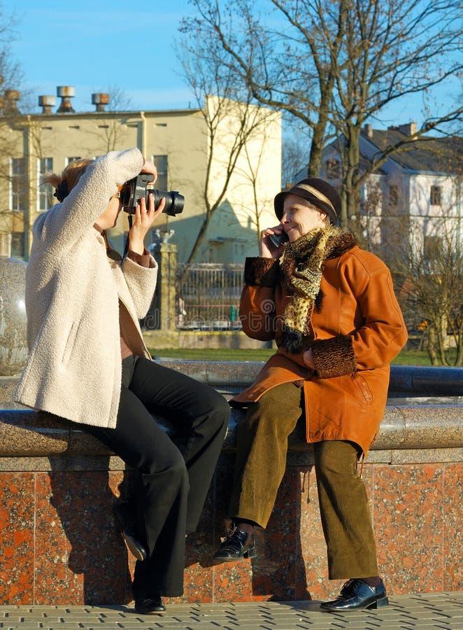 jej macierzysta fotografia bierze kobiety fotografia royalty free