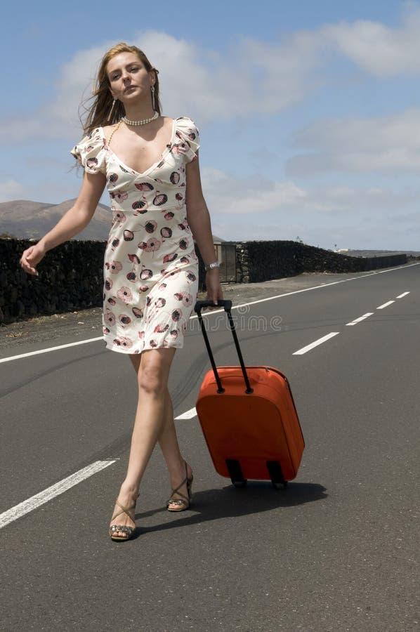 jej przejazd walizki kobieta zdjęcie royalty free