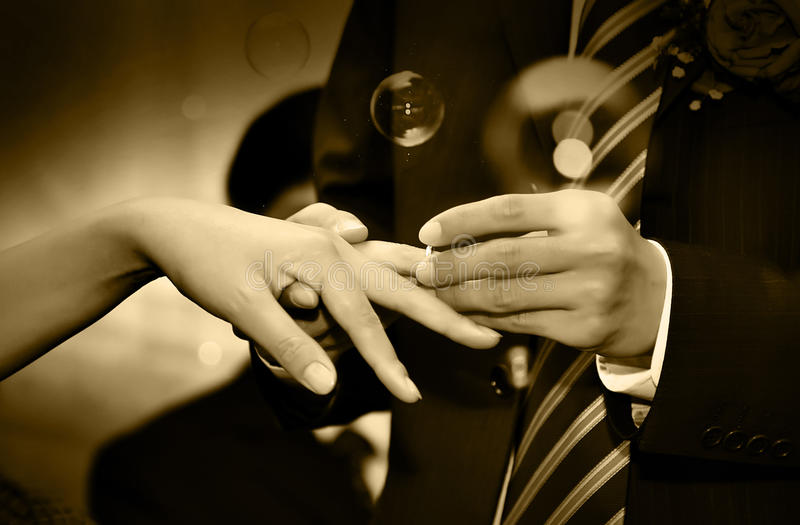 jej ringowy ślub zdjęcie royalty free