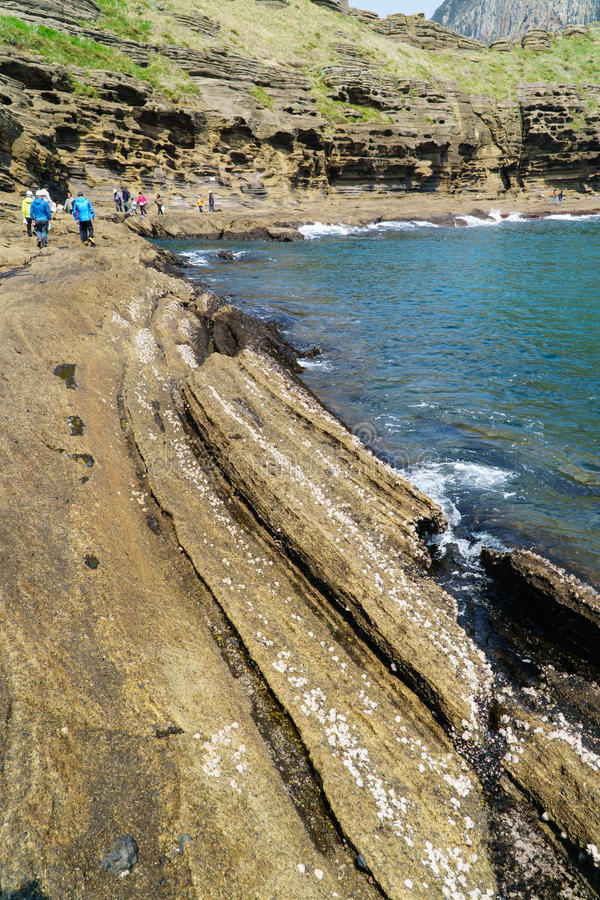 Jeju-Do, Korea - 11. April 2015: Ansicht der Yongmeori-Küste herein stockfotos
