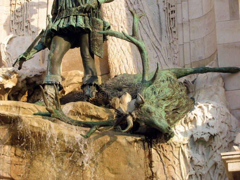 Jeleń rzeźba w fontannie w Buda kasztelu w Węgry, Budapest obraz royalty free