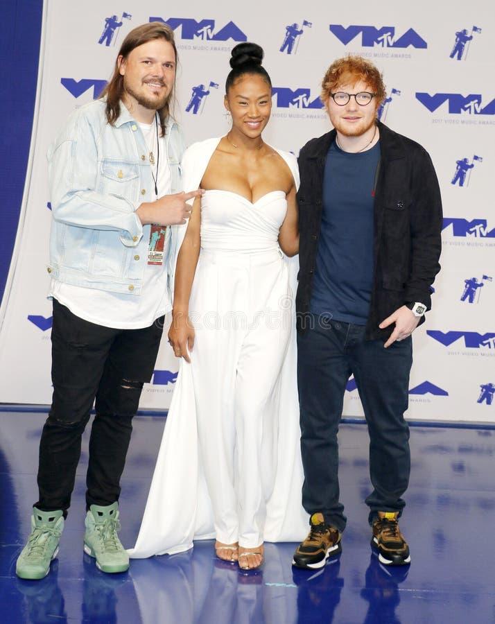 Jennie Pegouskie et Ed Sheeran image stock