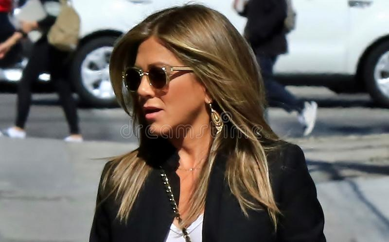 Jennifer Aniston em Hollywood imagens de stock