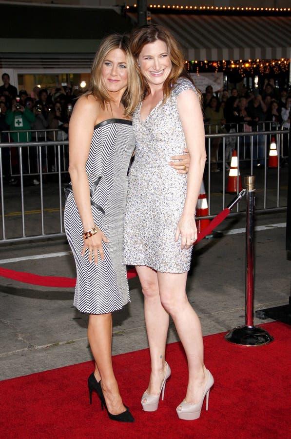 Jennifer Aniston et Kathryn Hahn images libres de droits