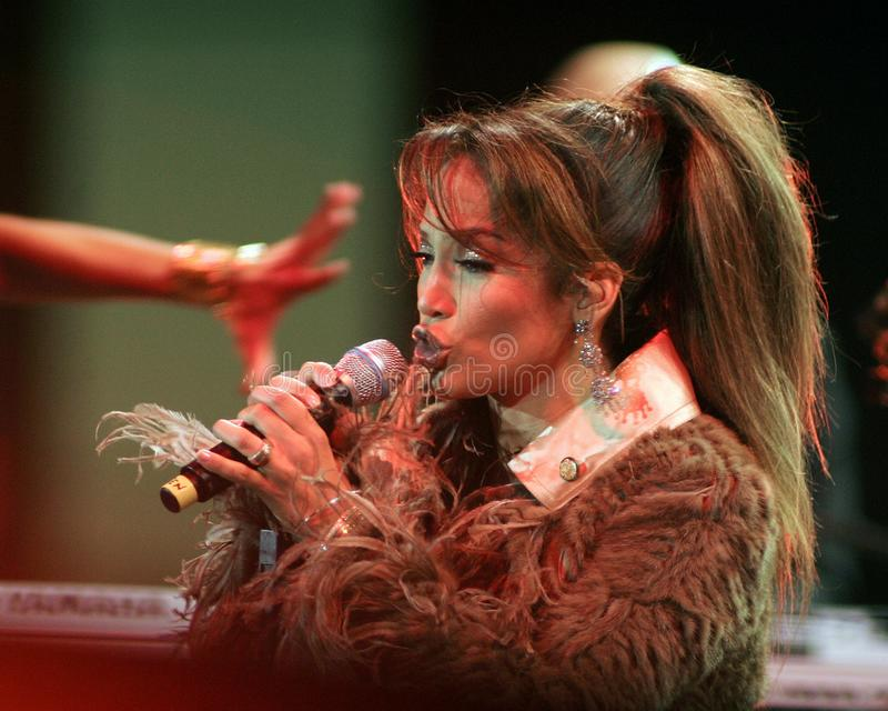 Jennifer Lopez executa no concerto imagens de stock royalty free