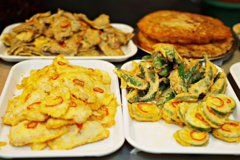 Jeon/被分类的美味薄煎饼莫迪姆jeon 免版税库存图片