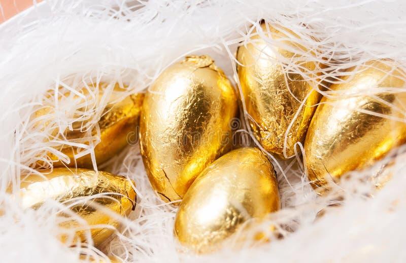 Jerarquía con los huevos de oro foto de archivo