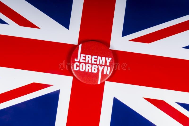 Jeremy Corbyn Badge y la bandera BRITÁNICA foto de archivo libre de regalías