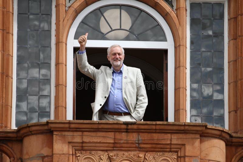 Jeremy Corbyn visita Redhouse, Merthyr Tydfil, Gales do Sul, Reino Unido fotos de stock royalty free
