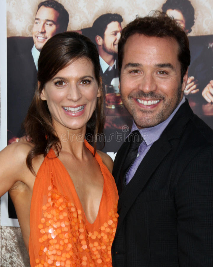 Jeremy Piven, Jeremy Pivens, Perrey Reeves, Perrey Reeves- imagens de stock