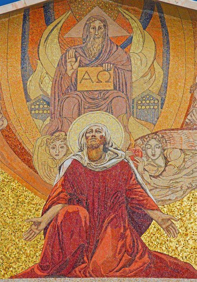 Jereusalem - mosaiken på portalen av nationerna för kyrka allra (basilikan av dödskampen) arkivfoto