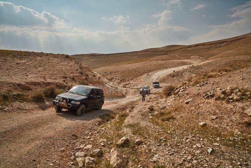 Jerozolima - 10 04 2017: Dżipa pojazd w wędrówce przy izraelita m, zdjęcia royalty free