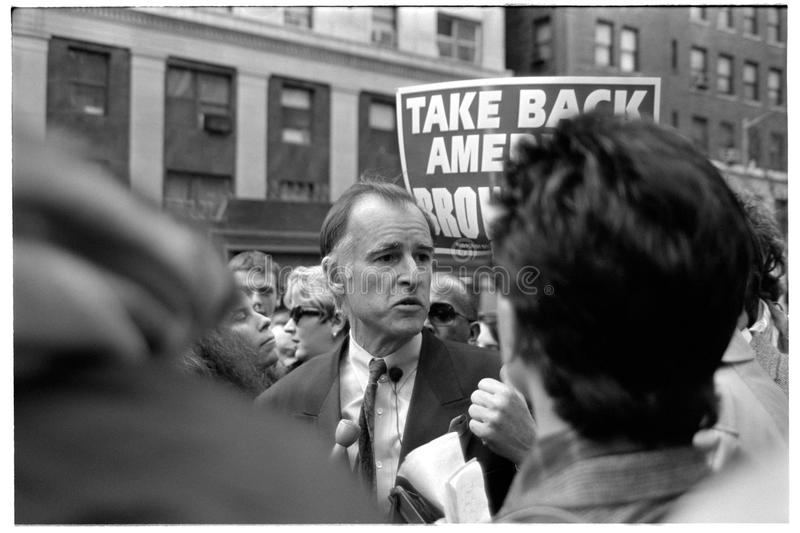 Jerry Brown Campaigning for President in NYC - 1992-04-04. On the upper west side of Manhattan surrounded by reporters - Edmund Gerald Brown Jr stock photography