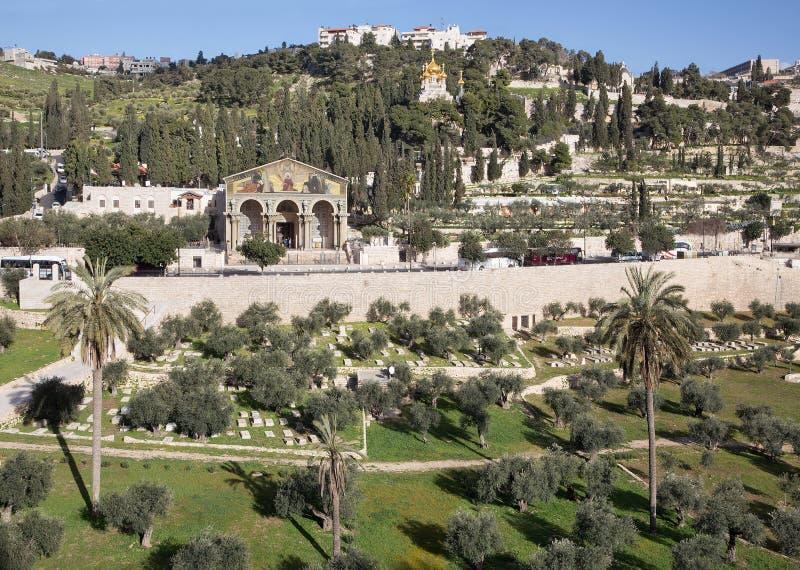 Jerusalém - as igrejas - igreja de todas as nações, de Dominus Flevit e de igreja de hl Miliampère Magdalene no Monte das Oliveir fotos de stock