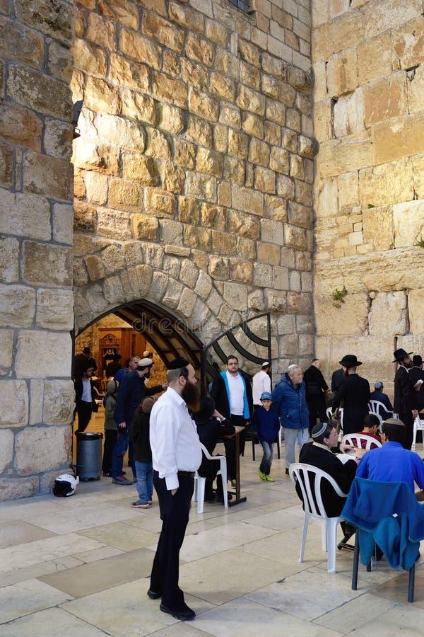 jerusalem att jämra sig vägg royaltyfri fotografi