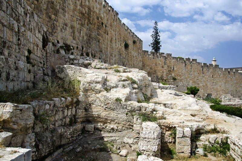 Jerusalem forntida väggar royaltyfri bild