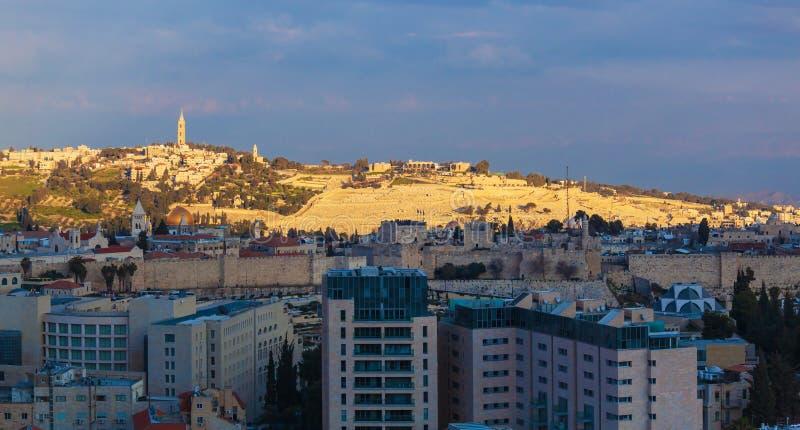 Jerusalem gammal stad och tempelmontering royaltyfria bilder