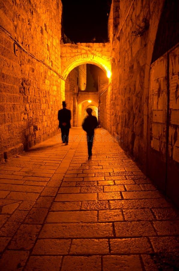 Jerusalem-Gasse nachts lizenzfreie stockfotos