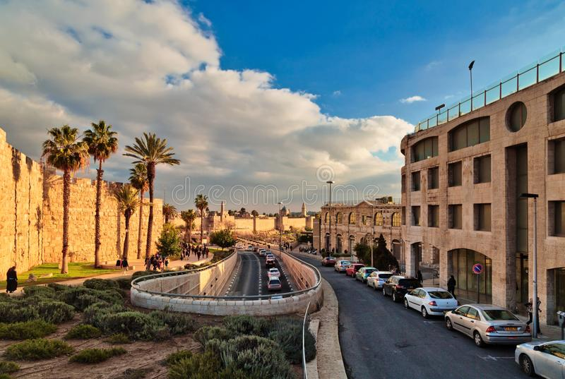 Road along the wall of the old city of Jerusalem stock photography