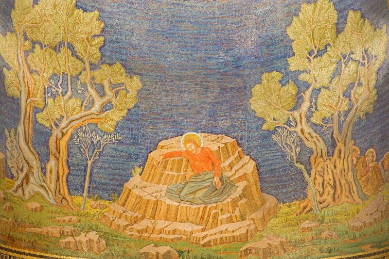 Jerusalem - mosaik av Jesus i den Gethsemane trädgården i nationerna för kyrka allra (basilikan av dödskampen) royaltyfri fotografi