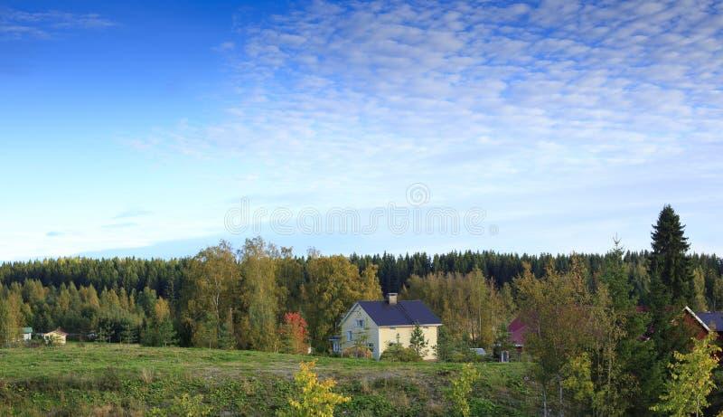 jesień dom wiejski zdjęcia stock