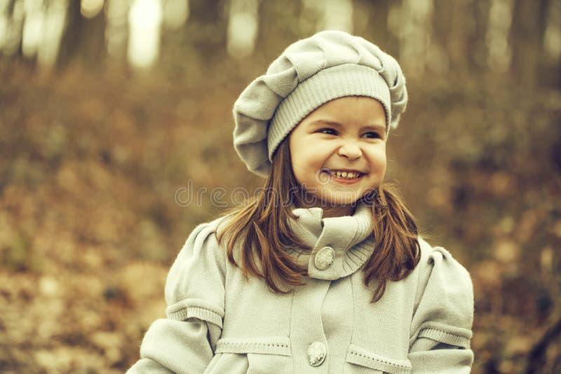 jesień dziewczyny park mały obraz stock