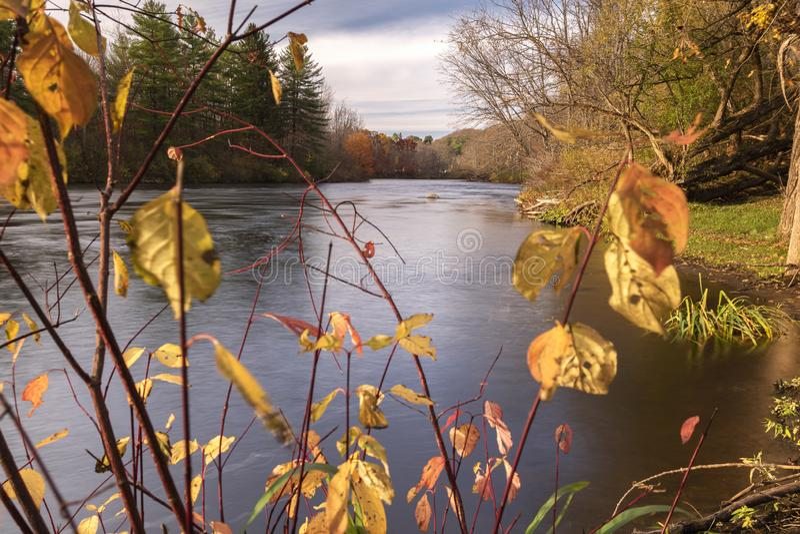 Jesień Horizotnal View podczas zachodu słońca na West Canada Creek, gdzie łączy się z błotem i Cincinnati Creeks, Barneveld, Nowy obrazy royalty free