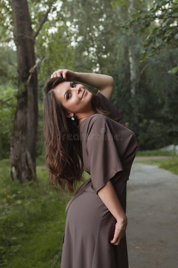Jesień Kobiety Mody Portret upadek piękna dziewczyna obraz royalty free
