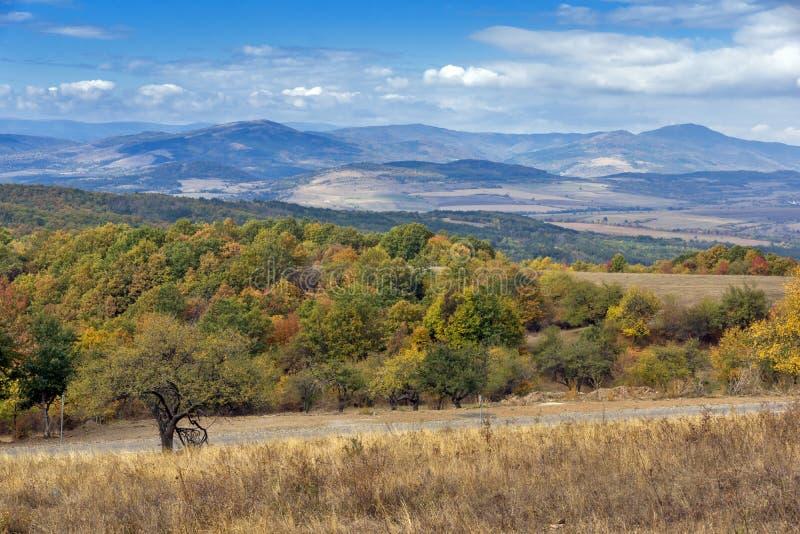 Jesień Panoramiczny widok Cherna Gora góra, Bułgaria fotografia royalty free