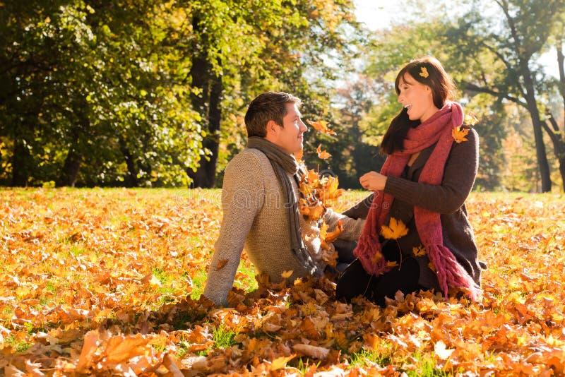 jesień para zdjęcie royalty free