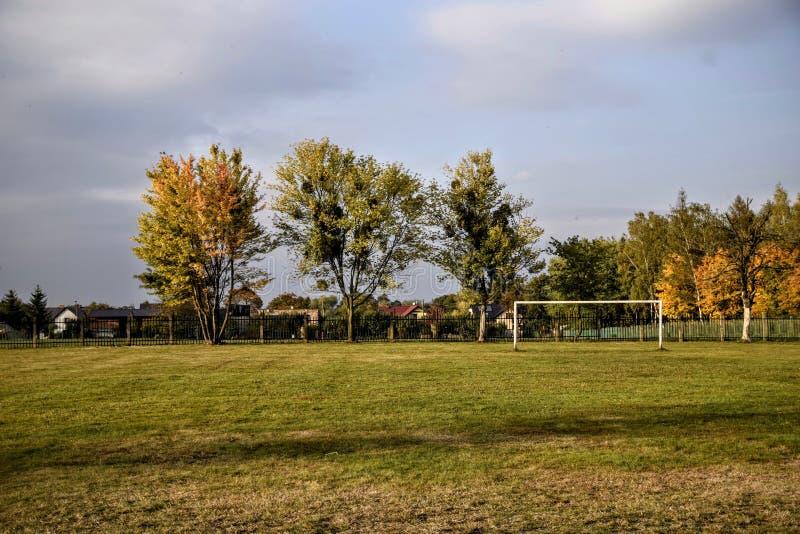 Jesień, piłka nożna, krajobraz, obraz royalty free