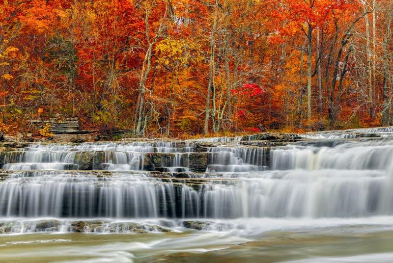 Jesień przy Górnymi katarakta spadkami obraz royalty free