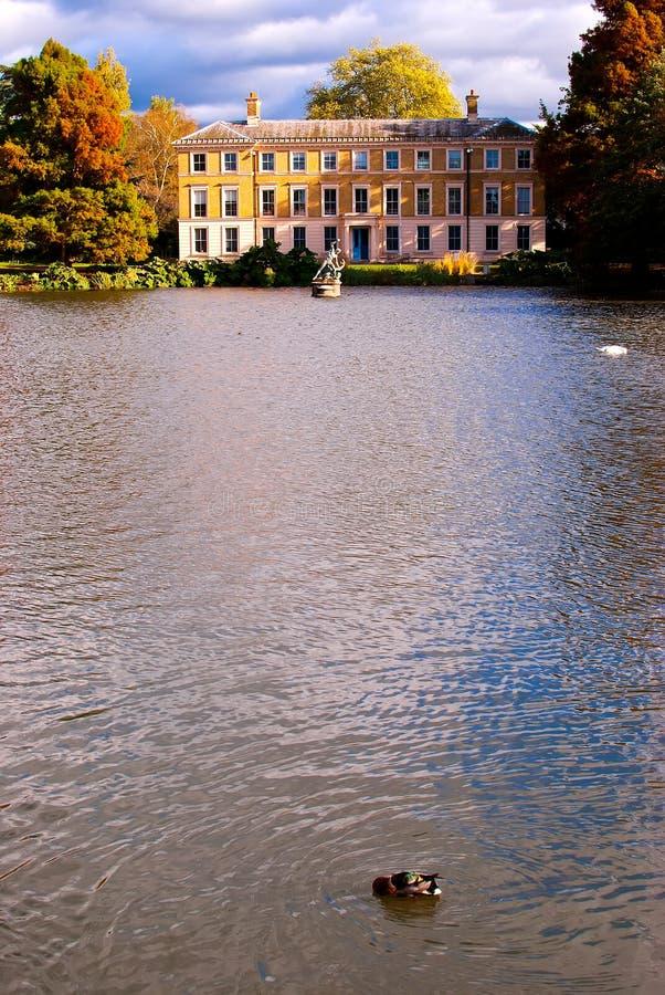 Jesień przy Kew ogródami zdjęcie royalty free