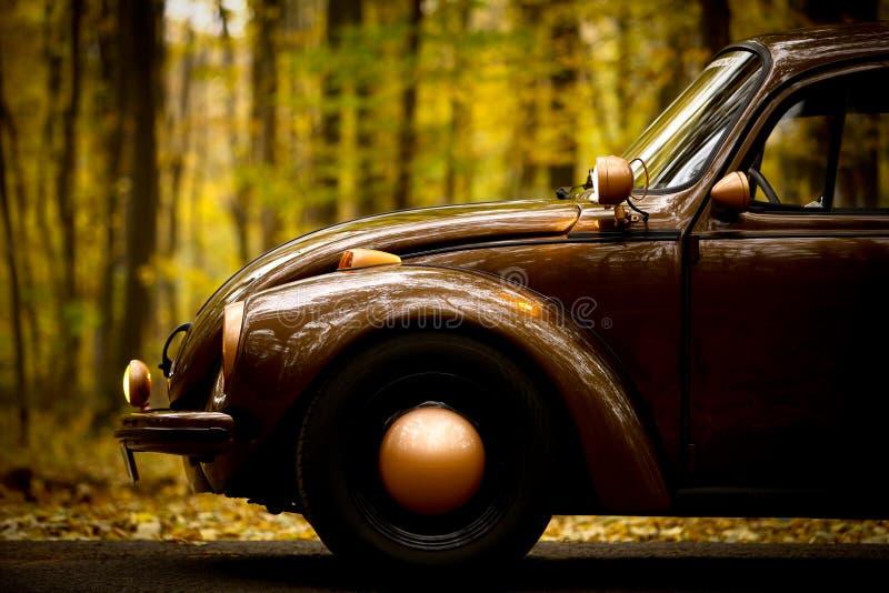 Jesień rocznika samochód obrazy stock