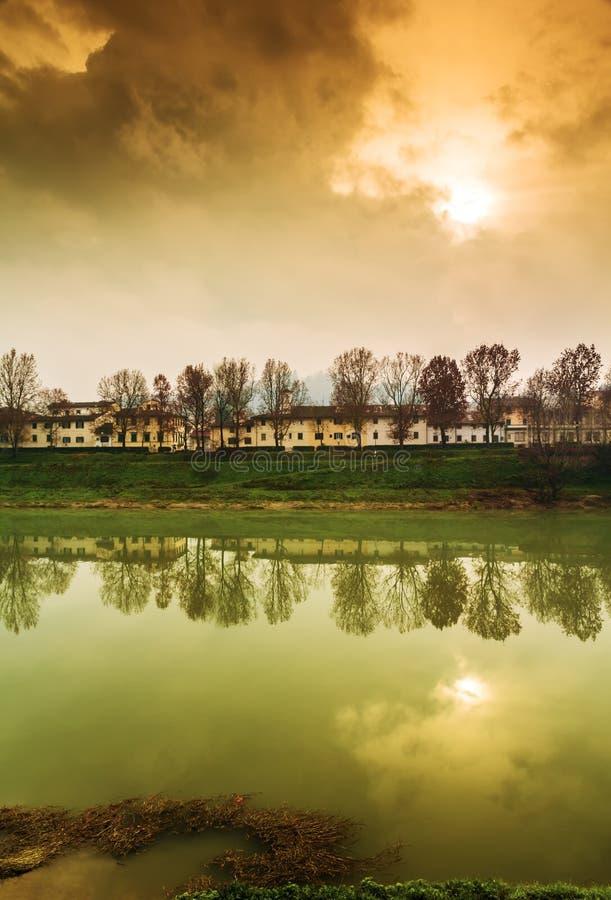 Jesień zmierzch w Florencja zdjęcia royalty free