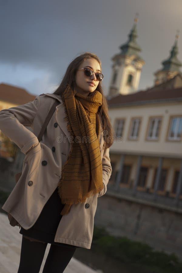 Download Jesieni mody piękno obraz stock. Obraz złożonej z lifestyle - 65225913